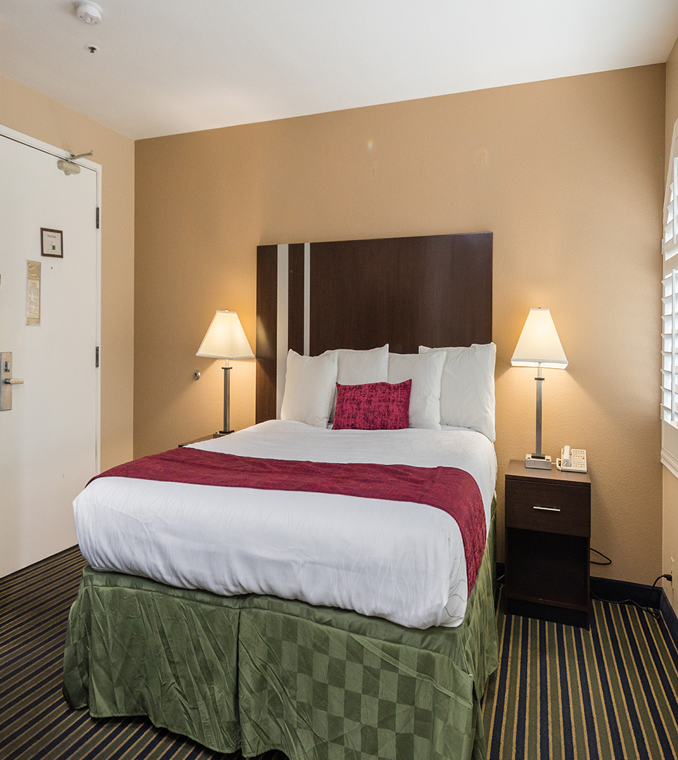 LOOK THROUGH OUR PHOTO GALLERY AND GET TO KNOW OUR SUNNYVALE, CA HOTEL